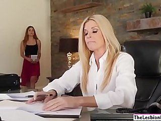 India Summer makes her assistant lick her pussy