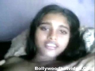 Desi Girl Shanvi homemade sex with boyfriend