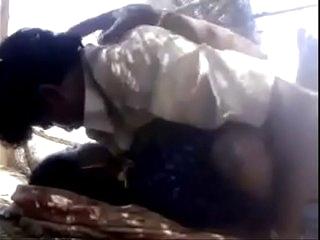 Indian Desi Village Bhabi Outdoor Porn Video