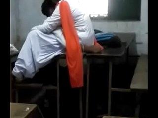 Indian boyfriend and girlfriend make love at highschool
