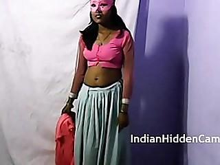 Indian solo striptease