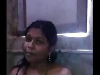 Heena Cute desi babe showing boobs n pussy