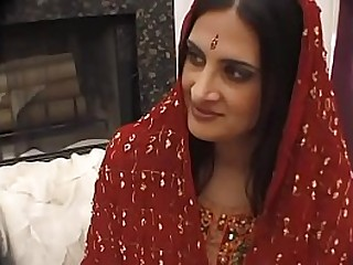 Indian Bitch at work!!! She loves fuck!!!