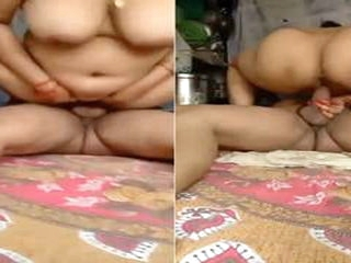 Today Exclusive- Sexy Bhabhi Ridding Hubby Di...